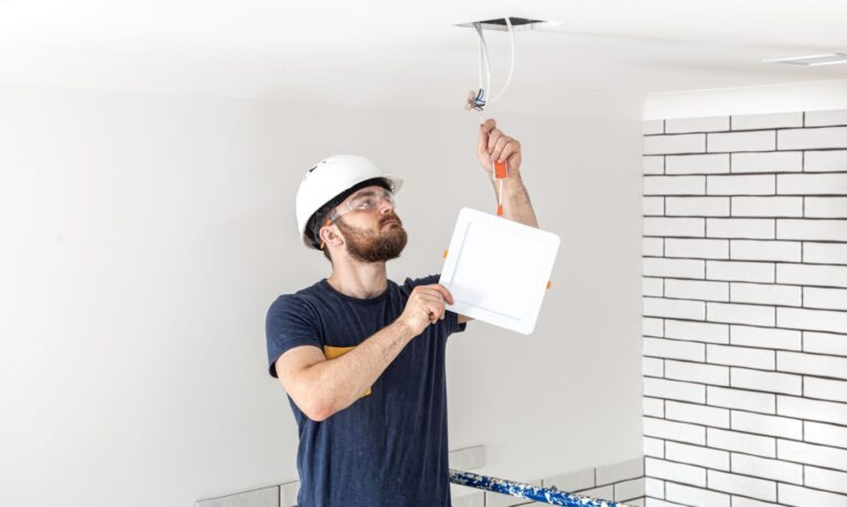 What Electrician Qualifications Do I Need?